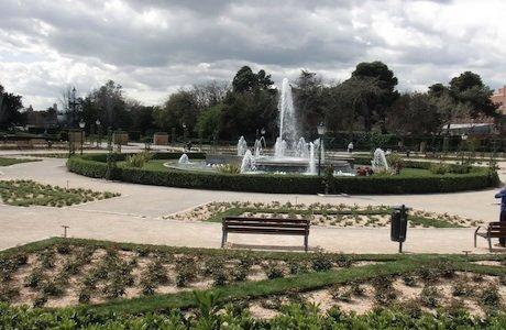Parques con columpios en valencia parques infantiles valencia for Viveros valencia
