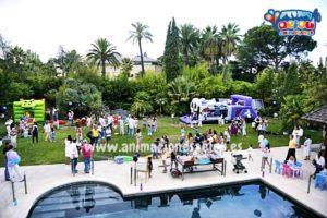 Fiestas infantiles con niños en piscinas